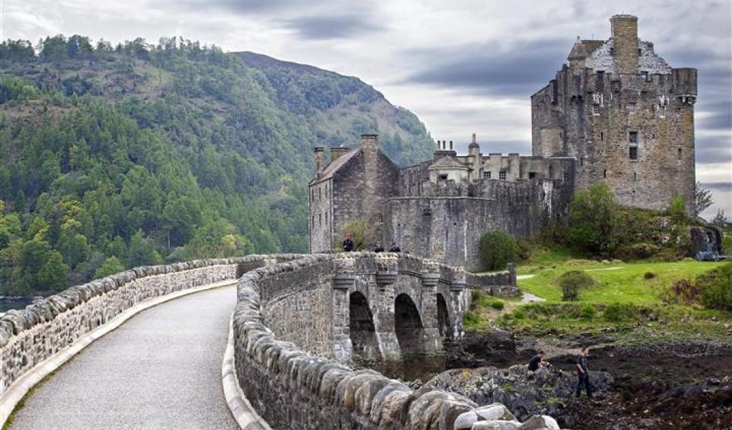 أفضل عشر قلاع أوروبية مميزة تستحق الزيارة