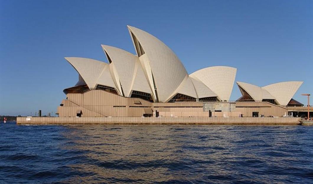 3) دار أوبرا سيدني، بمدينة سيدني، أستراليا