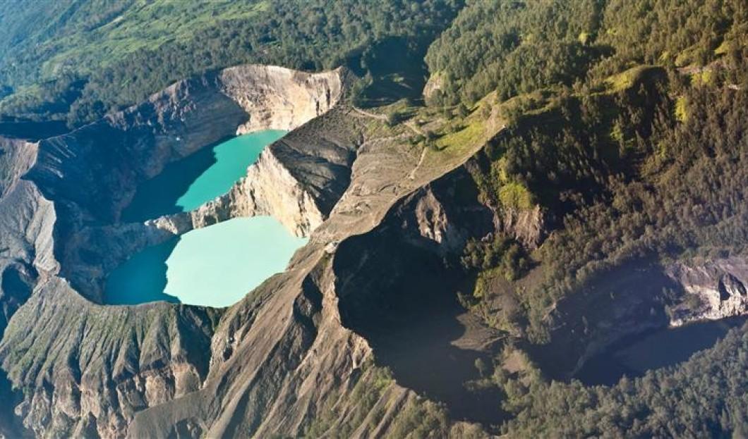 فلوريس، إندونيسيا - بركان كيليموتو