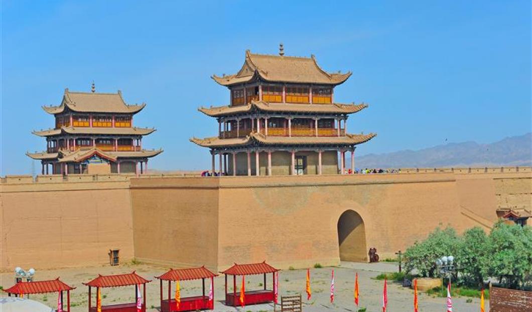 3. سور جيايوقوان العظيم Jiayuguan Great Wall